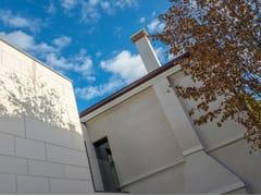 Lapitec, ARENA - BIANCO CREMA Facciata ventilata in Lapitec®