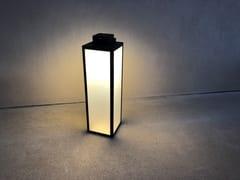 Lanterna ad energia solare in acciaioLAS 900   Lanterna ad energia solare - ARALIA - LYX-LUMINAIRES