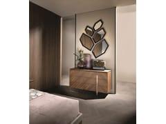 Cassettiera in noce con maniglie integrateLEONARDO L314N/M | Cassettiera - ARTE BROTTO MOBILI