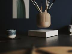 Vaso a levitazione magnetica in legnoLOOMA HOVERBOX + POT – TWO - LOOMA