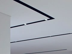 Profilo per illuminazione lineare da soffitto in alluminioLIGHT CUT - FLOS
