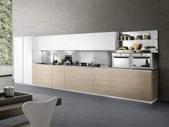 Cucina laccata lineare con maniglie integrate LINEA 03 -
