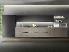 Cucina lineare con maniglie integrate LINEA 05 -