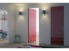 Porta a filo muro in legno in stile moderno con cerniere a scomparsa LINEAR® + BATTENTE | Porta a filo muro -
