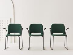 Sedia imbottita in tessuto con braccioli LIPS | Sedia con braccioli -