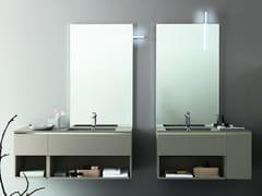 ARBLU, LUMI Specchio rettangolare con illuminazione integrata da parete
