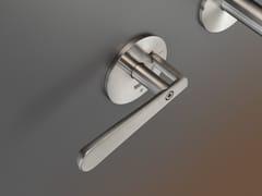 Rubinetto per lavabo a 3 fori a muro in acciaio inoxLUTEZIA 02 - CEADESIGN