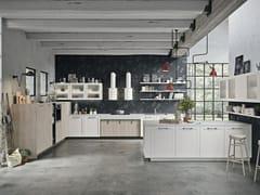 Cucina laccata con maniglie con penisola LUX CLASSIC | Cucina con penisola - SISTEMA