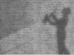 Mineheart, CONCRETE LOVELETTER Carta da parati in carta non tessuta con scritte