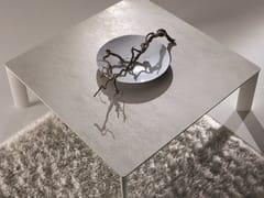 Tavolino da caffè in alluminioMADISON - IDEAS GROUP