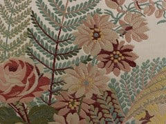 LELIEVRE, TASSINARI & CHATEL - MARLY Tessuto ricamato in stile Luigi XVI con motivi floreali