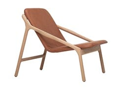 Poltroncina imbottita in legno masselloMARSHALL | Poltroncina - WOAK