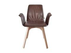Sedia imbottita in legno con braccioliMAVERICK CASUAL | Sedia con braccioli - KFF GMBH & CO. KG