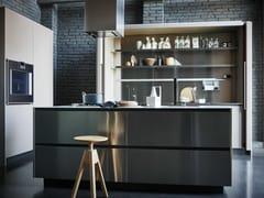 Cucina componibile in acciaio inox e Fenix con isola MAXIMA 2.2 - COMPOSIZIONE 4 - Maxima 2.2