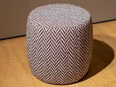 Pouf rotondo in tessutoMERIDIANI - CHARLOT - ARCHIPRODUCTS.COM