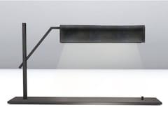 Lampada da tavolo a luce diretta in metallo verniciatoMETROPOLITAN | Lampada da tavolo - BOFFETTO