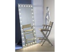 Specchio da terra rettangolare in alluminio anodizzato con illuminazione integrataMH09.V | Specchio da terra - CANTONI TRADING