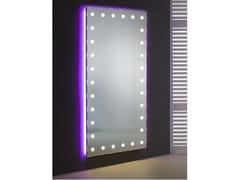 Specchio rettangolare in alluminio anodizzato da parete con illuminazione integrataMH09.V | Specchio da parete - CANTONI TRADING