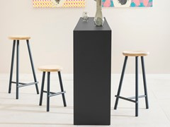 Sgabello alto in legno MILK | Sgabello alto -