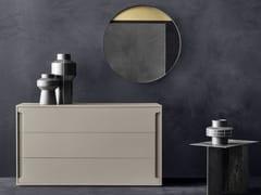 Cassettiera in legno con maniglie integrateMONTGOMERY | Cassettiera - TOMASELLA IND. MOBILI