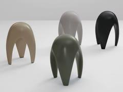 Sgabello basso in ceramicaMOSCARDINO - KERASAN