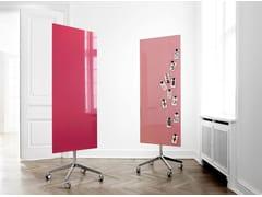 Lavagna per ufficio magnetica in vetro con ruote Mood Mobile - Mobile Glass Boards