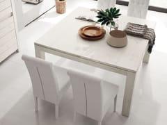 Tavolo allungabile quadrato in rovereNANTES - ALTA CORTE