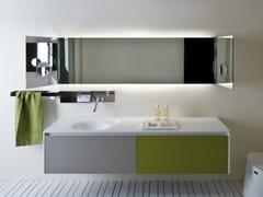 Specchio con illuminazione integrata da pareteNARCISO - AGAPE