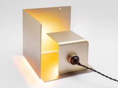 Lampada da tavolo a LED orientabile in alluminioNASCONDINO - PEARL GOLD - SOLOGGETTI