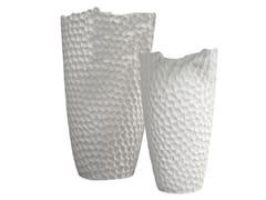 Vaso in ceramicaNIDO - ADRIANI E ROSSI EDIZIONI