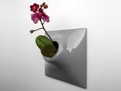 Vaso da parete modulare in gres ceramicoNODE M - PANDEMIC DESIGN STUDIO