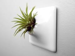 Vaso da parete modulare in gres ceramicoNODE XS - PANDEMIC DESIGN STUDIO