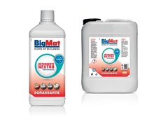 Soluzione tensioattiva idroalcolica a pH neutroDetergente sgrassante neutro - BIGMAT ITALIA