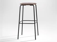 Sgabello in acciaio e legnoOKITO | Sgabello - ZEITRAUM