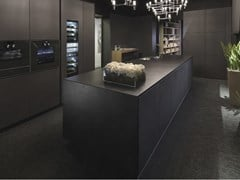 Cucina con isola in cemento nero e laccato nero opacoONE   Cucina con isola - RIFRA