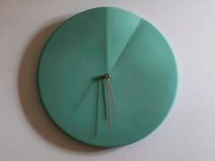 Orologio in ceramica da pareteOREE - OCRÙM