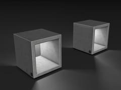 Seduta da esterni in cementoOUTLINE | Seduta da esterni - SIT
