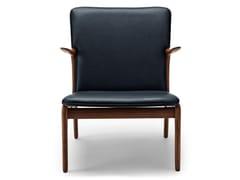 Poltroncina imbottita in legno massello con braccioliOW124 | Beak Chair - CARL HANSEN & SØN MØBELFABRIK A/S