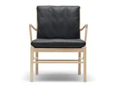 Poltroncina imbottita in legno massello con braccioliOW149 | Colonial Chair - CARL HANSEN & SØN MØBELFABRIK A/S