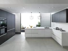 Cucina con maniglie integrate con penisolaP1.60 - GAMADECOR - PORCELANOSA GRUPO