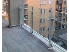 ALUSCALAE, PANORAMA Balaustra a montante in alluminio con tamponamento in vetro