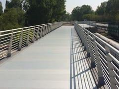ALUSCALAE, ORIZZONTE URBANO Parapetto in alluminio per passerelle pedonali