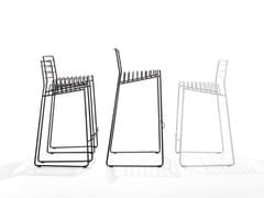 Sgabello in acciaio a slitta con schienalePARK | Sgabello - B-LINE