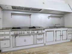 Cucina lineare professionale su misura in acciaioPEARL WHITE & POLISHED CHROME - OFFICINE GULLO