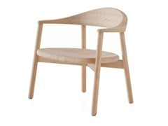 Poltroncina in legno massello con braccioliPEBBLE | Poltroncina - BASSAMFELLOWS