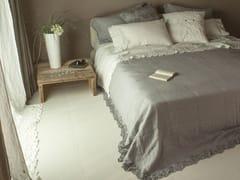 Coordinato letto ricamato in lino PETALI | Coordinato letto - Decor