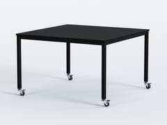 Tavolo quadrato con ruote in acciaio e piano in MDFPIPE | Tavolo con ruote - GRADO DESIGN FURNITURES