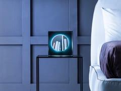Specchio da appoggio con illuminazione integrataPLANETA TABLE - ADRIANI E ROSSI EDIZIONI