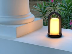 Lampada da tavolo per esterno in metallo senza filiPLEIN CINTRE - ARALIA - LYX-LUMINAIRES