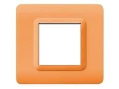 Placca in tecnopolimero lato 88 mmPlacca quadrata 88 TP 44   Arancione - AVE